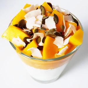 Kwarkontbijt met mango en pompoen