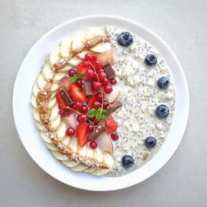 Live Puri Overnight oats met vanille eiwitpoeder en perzik