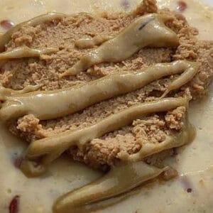 Vegan overnight oat cake